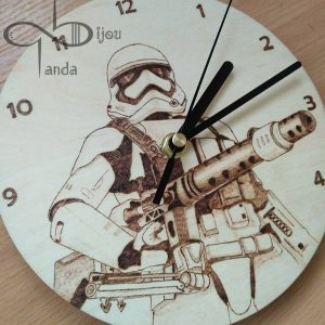 Star Wars rohamosztagos óra